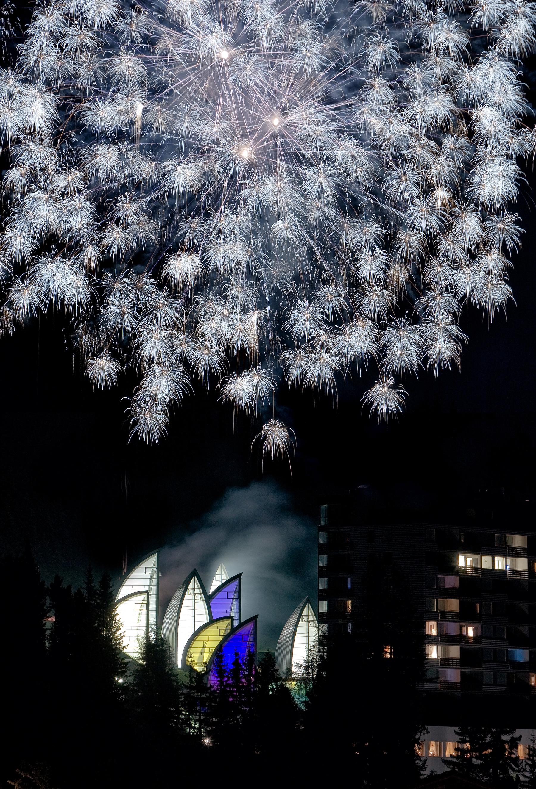 Weihnachten und Silvester: So feiern Hotelgäste in der Schweiz ...